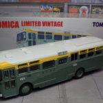 トミカリミテッドヴィンテージ 日野RB10型バス 富士急行バス LV-23e 1/64