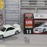 トミカプレミアム 13 日産 スカイライン GT-R R33 Tomica Premium Nissan Skyline GT-R R33 1/62
